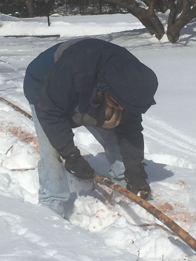 repairing a frozen water pipe
